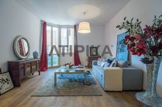 REF. 10039V Charming apartment for #sale located close to 'Jardins del Turó del Putxet' in a property with barebrick façade and located in one the best areas of the city #Sarria #SantGervasi #Putxet #PutgetFarro #Barcelona #AtipikaBarcelona #AtipikaBcn #RealEstate www.atipika.com