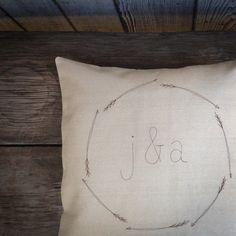 monogram pillow cover, personalized wedding gift, arrows, couples gift, initials, natural, neutral home decor, modern, MADE TO ORDER sur Etsy, $31.56