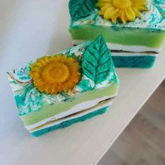 Refreshing soap for summer days with the essential oils of rosemary and peppermint. Homemade Business, Summer Days, Soaps, Peppermint, Poppies, Essential Oils, Etsy, Cake, Desserts