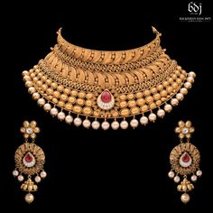 2018 (Album) Neck Accessories, Bridal Accessories, Jewelry Accessories, Gold Jewellery Design, Gold Jewelry, Designer Jewellery, Jewelry Art, Fashion Jewelry, Gold Fashion