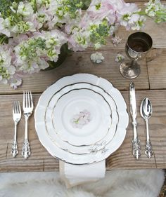 FRENCH COUNTRY COTTAGE: Capturing Detail - The right lens