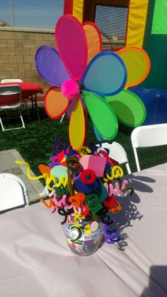 Kids Birthday Party Table Centerpiece