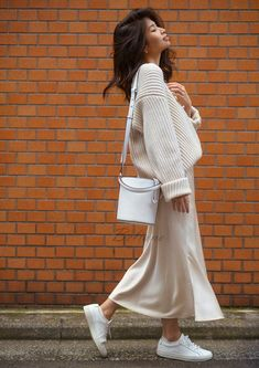 Silk midi Slip skirt ivory Silk Slip long fall trends looks fashion ideas Silk midi A-line skirt bottoms Real Pure Mulberry Gift for her - Silk slip ivory midi skirt fall trends fall look ideas outfit Source by - Mode Outfits, Fall Outfits, Casual Outfits, Fashion Outfits, Fashion Ideas, Workwear Fashion, Fashion Advisor, Fashion Trends, Fashion Capsule