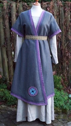 Norse Wrap Coat (I don't play Viking but it's so pretty I kind of want to!)