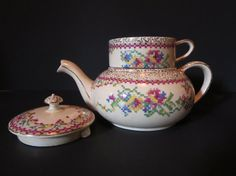 Antique Royal Winton stacking teapot/ rare Grimwades by LesCurieux