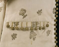 1680, United Kingdom - Coat and breeches - Silk, hand woven and hand sewn, silver, gold