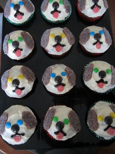 Laws of the Kitchen: puppy dog cupcakes