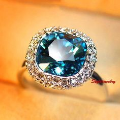 White Gold Plated Made With Swarovski Crystal Blue Cocktail Wedding Ring SR66