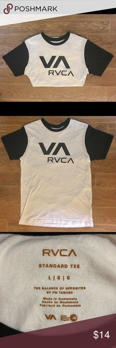 RVCA - Men's Black & White Tee RVCA brand men's short sleeve, black and white tee shirt. Men's size (Large). In amazing pre owned condition. Please be sure to check out all of my other men's items to bundle and save. Same day or next business day shipping is guaranteed. Reasonable offers will be considered. RVCA Shirts Tees - Short Sleeve