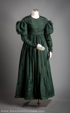 Dating the Green 1820s Dress ~ American Duchess