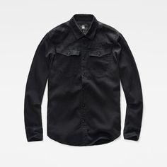 Inspirada en la ropa clásica de trabajo de los Estados Unidos, esta suave camisa de denim presenta el equilibrio perfecto entre el corte ajustado y los d...