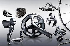 Shimano Ultegra Di2 electronic groupset and Shimano Ultegra mechanical groupset (video)