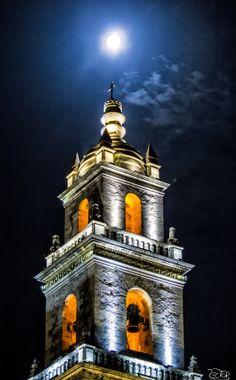 Catedral de Yucatán.  Dedicada a San Ildefonso, es la sede de la arquidiócesis de Yucatán. Mérida, Yucatán.
