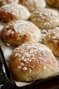 Piece Of Bread, Our Daily Bread, Fika, Bread Rolls, Plant Based Recipes, Natural Health, Goodies, Dessert Recipes, Food And Drink