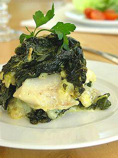 Pomysł na zapiekaną rybę w zielonym sosie szpinakowo-śmietanowym