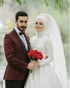 un coeur - cansin dei Hijabi Wedding, Muslimah Wedding Dress, Disney Wedding Dresses, Pakistani Wedding Dresses, Wedding Dress Trends, Wedding Bridesmaids, Bridesmaid Dresses, Cute Muslim Couples, Wedding Couple Poses Photography