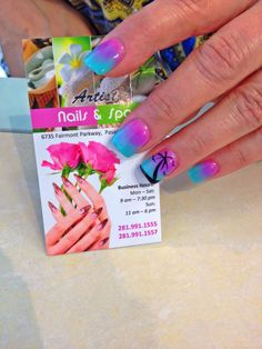 Pink and turquois ombré nails with Palm tree design