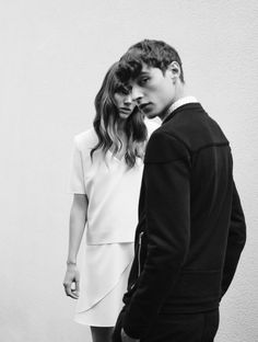 best ideas for fashion photography urban couple – … – fashion editorial photography Fashion Editorial Couple, Fashion Couple, Fashion Shoot, Fashion Ideas, Couple Photography, Editorial Photography, Portrait Photography, Fashion Photography, Photography Composition
