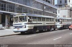 Ônibus da empresa CMTC - Companhia Municipal de Transportes Coletivos, carro 3166, carroceria Mercedes-Benz Monobloco O-362, chassi Mercedes-Benz O-362. Foto na cidade de São Paulo-SP por Donald Hudson, publicada em 17/07/2014 15:08:01.