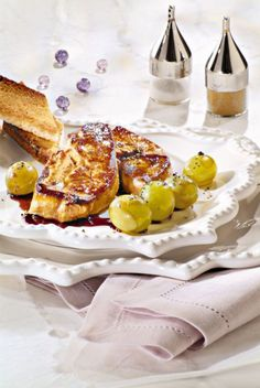 Escalopes de foie gras au raisin