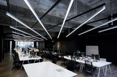 A good office interior design will make you feel comfortable to do your daily job. Today an office interior design is important too as same as a home interior. Ceiling Light Design, Lighting Design, Interior Lighting, Linear Lighting, Modern Ceiling, Ceiling Lighting, Strip Lighting, Lighting Ideas, Pendant Lighting