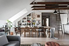 Step Inside this Sophisticated Attic Home - http://freshome.com/sophisticated-attic-home/