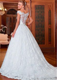 Fabulous Lace & Tulle Off-the-Shoulder Neckline A-line Wedding Dresses with Lace Appliques