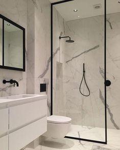 32 Small Bathroom Design Ideas for Every Taste - The Trending House Bathroom Design Luxury, Bathroom Design Small, Bathroom Colors, Bathroom Ideas, Modern Master Bathroom, Contemporary Bathrooms, Minimal Bathroom, Casa Loft, Small Bathtub