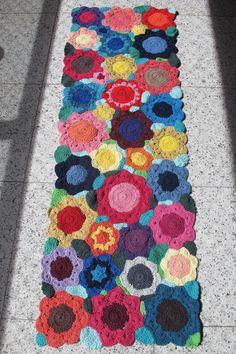 Tapete de croche passadeira  floral colorido  1.50  x 0.50cm -2011098