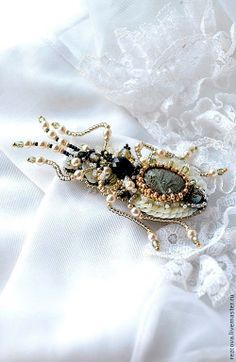 Nature jewelry, insect jewelry, beetle jewelry, beetle brooch, bug brooch, bead embroidery, beaded beetle. MADE TO ORDER
