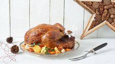 Wypróbuj przepis na bożonarodzeniowego indyka faszerowanego kaszanką z jabłkami i żurawiną z sosem grzybowym na białym winie!
