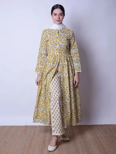 White Yellow Hand Block Printed Mulmul Suit and Cotton Dupatta- Set of 3 Simple Kurta Designs, Kurti Neck Designs, Kurta Designs Women, Kurti Designs Party Wear, Blouse Designs, Gharara Designs, Salwar Designs, Pakistani Dresses Casual, Indian Fashion Dresses