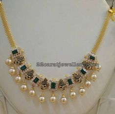 Simple Peacock Emerald Short Necklace