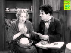 LUCES DE LA CIUDAD (1931) película completa www.reddit.com/r/GeorgeAnton
