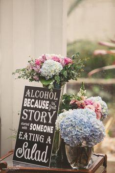 Casamento na Praia | Giovana e Gabriel #casamento #casamentonapraia #destinationwedding #noivadeevase #decoraçãoparacasamento