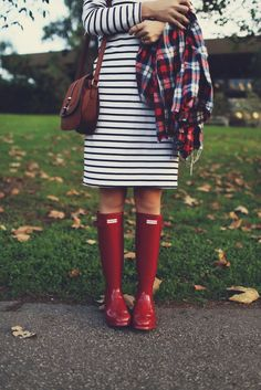Merrick's Art // Style + Sewing for the Everyday Girl: HOW TO WEAR YOUR HUNTER BOOTS WHEN IT'S NOT RAINING