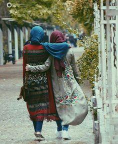 Dpz for girls Hijabi Girl, Girl Hijab, Iranian Women Fashion, Muslim Fashion, Muslim Girls, Muslim Women, Niqab, Bff, Besties