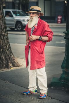 We all know that style is ageless  #streetstyle #streetfashion #paris #photography