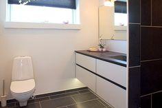 Badeværelse i børneafdeling. Skovby