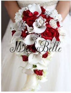 Hochzeit Artificial Pearl And Crystal Bridal Bouquet Ivory Brides Handmade Brooch Bouquet Noiva Red Calla Lily Bridal Bouquet, Cascading Wedding Bouquets, Red Bouquet Wedding, Wedding Dresses With Flowers, Bride Bouquets, Bridal Flowers, Red Wedding, Wedding Ideas, Inexpensive Wedding Flowers