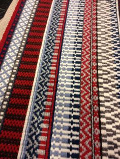 Sadyang Mabusisi   Ginamitan ng talino at tiyaga. Itabi   Ipamana. (This is all a rosepath threading. Amazing how much you can do with this pattern!)