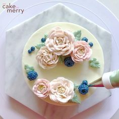 Buttercream Roses and Berries The magical moment of assembling flowers on a cake. ✨ The blue colored Frosting Flowers, Buttercream Flower Cake, Cake Icing, Eat Cake, Cupcake Cakes, Flowers On Cake, Buttercream Flowers Tutorial, Flower Cake Decorations, Buttercream Cake Designs