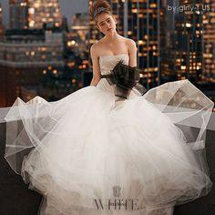 Vera Wang(ヴェラウォン) ウェディングドレス White by Vera Wang☆ フワフワ♪ チュールドレス/2色【追跡付】