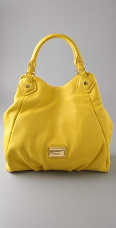 i'm usually not a fan of yellow, but i would gladly welcome this bag of sunshine into my life.