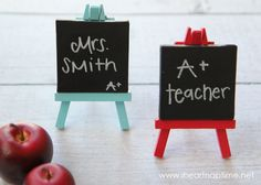 Teacher Appreciation {easy gift idea} Mini Chalkboard Easels make a cute gift for anyone. Supplies: Mini art easel (from Michaels) Chalkboard paint from DecoArt Red and blue paint (or color of choice) Paint brush Chalk or Chalk Marker I Heart Nap Time |