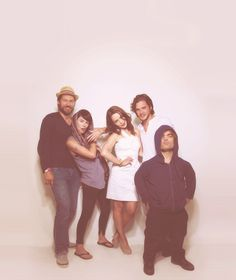 Game of Thrones crew (Nikolaj Coster-Waldau, Lena Headey, Emilia Clarke, Kit Harington, Peter Dinklage)