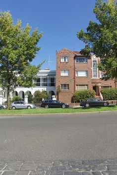 Joanne's Art Deco Apartment Renovation Apartment Renovation, Apartment Therapy, 1940s Home, Classic Architecture, Blue Rooms, House Tours, New Homes, Art Deco, Australia