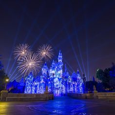 """""""Shot the Disneyland Forever fireworks show last Friday. Expect photos of this and all the other features when you check back on this…"""" Disney Vacations, Disney Trips, Disney Parks, Disney Travel, Disney Fireworks, Fireworks Show, Walter Elias Disney, Disney Addict, Disney Dream"""