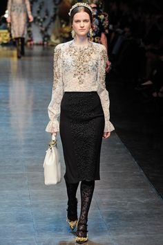 Fall 2012 RTW, Designer: Dolce & Gabbana, Model: Magdalena Langrova