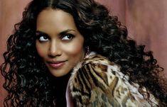 http://cdn.stylisheve.com/wp-content/uploads/2011/12/Sexy-Black-Hairstyles-for-Women_25.jpg